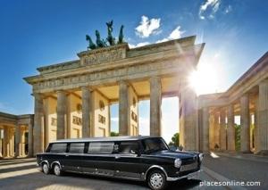 sightseeing_berlin_trabi